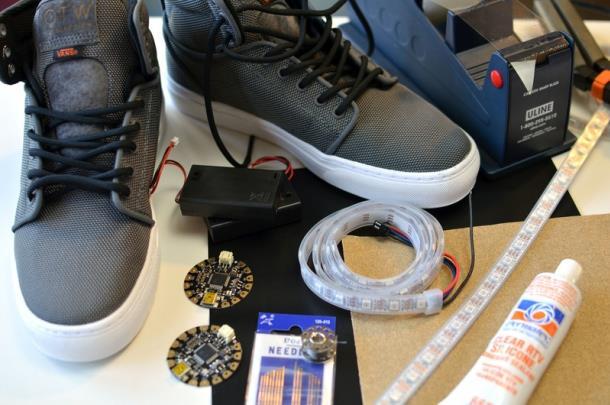 Материалы для изготовления светодиодной подсветки подошвы кроссовок своими руками
