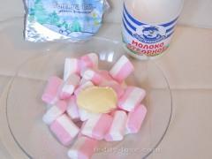 Маршмеллоу, масло, молоко