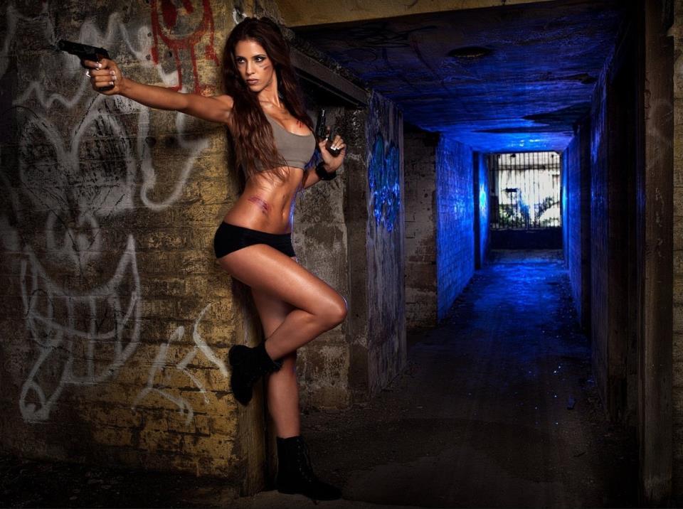 девушка с оружием55