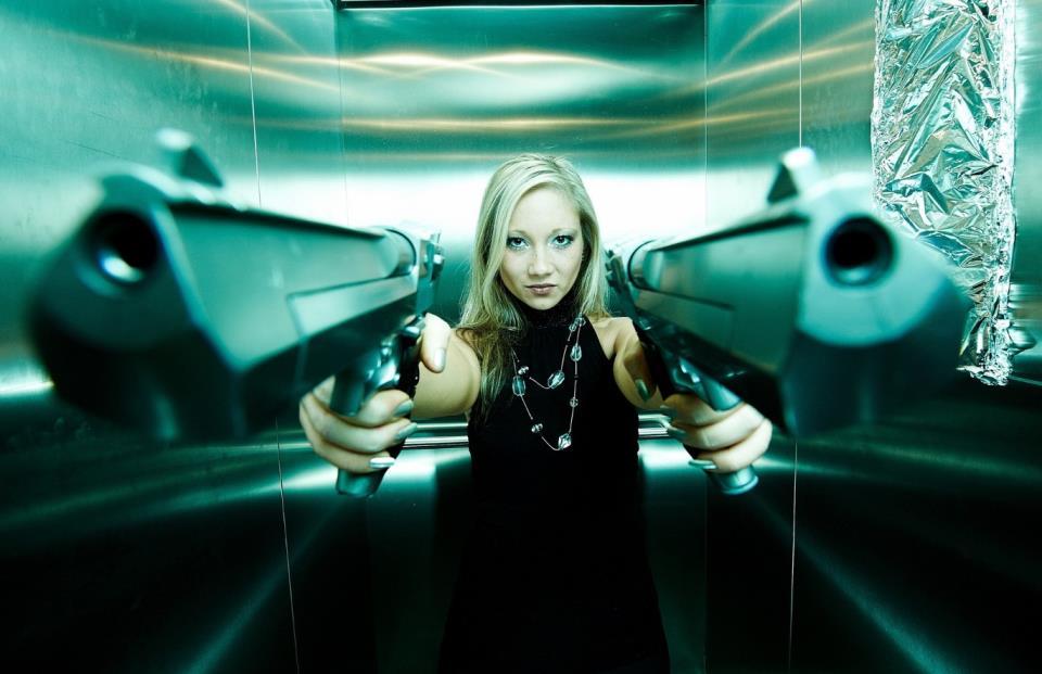 девушка с оружием53