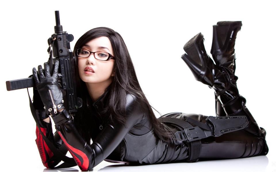 девушка с оружием44