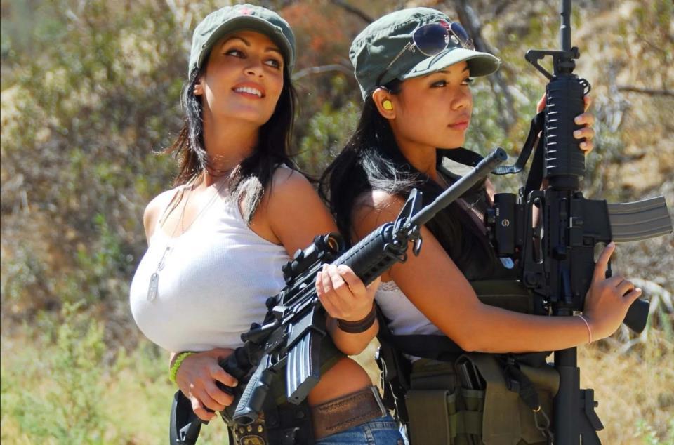девушка с оружием16