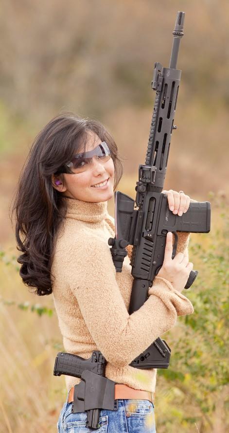 девушка с оружием43