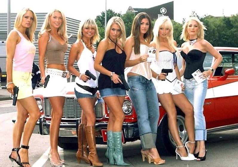 девушка с оружием62