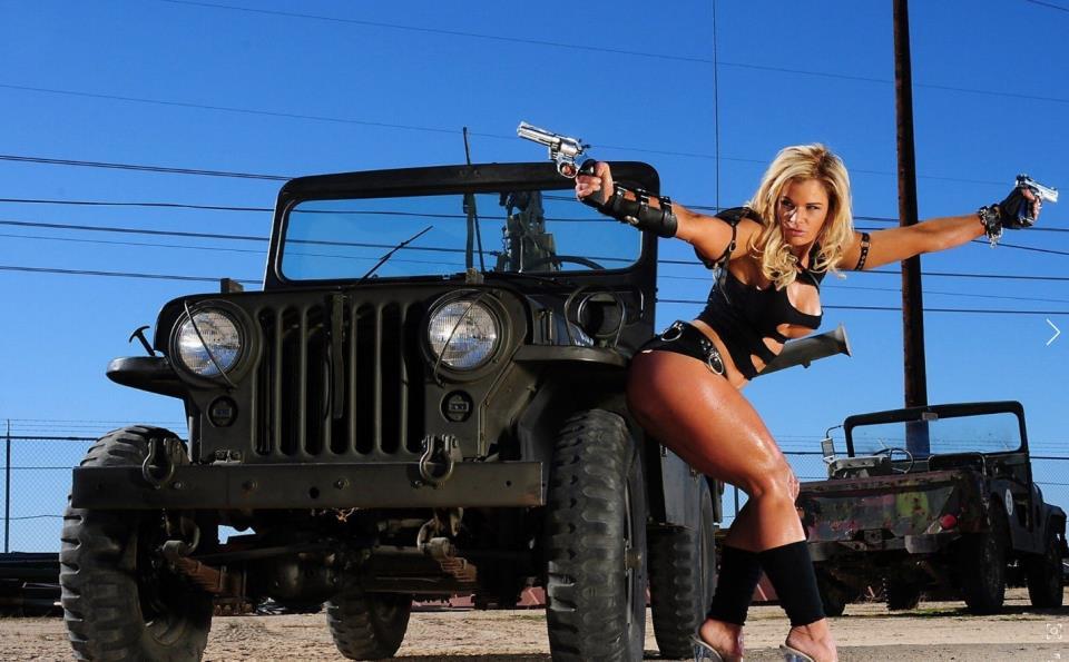 девушка с оружием32