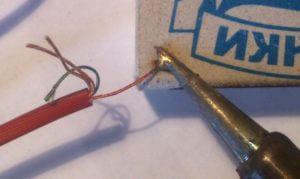 Ремонт наушников - как припаять штекер к наушникам Не работают наушники, ремонт разъема наушников своими руками, как починить
