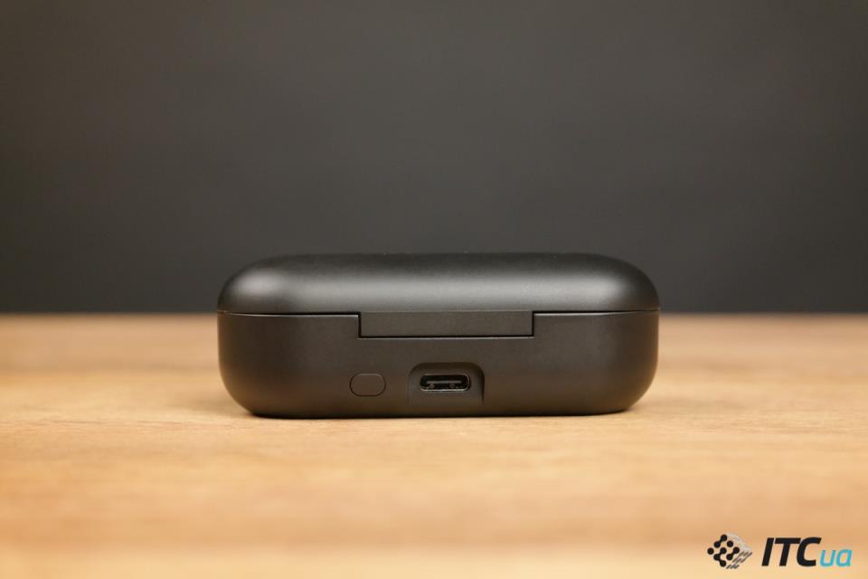 кейс Huawei FreeBuds