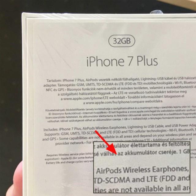 iPhone-7-plus-airpods-box