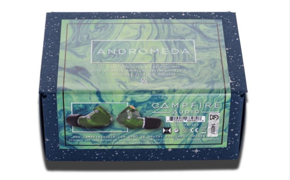 Упаковка наушников Campfire Andromeda