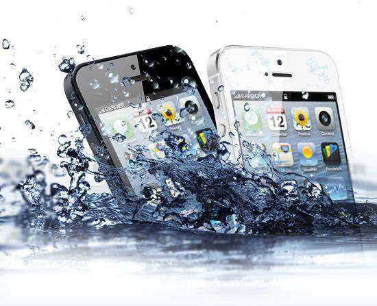 Как реанимировать телефон упавший в воду