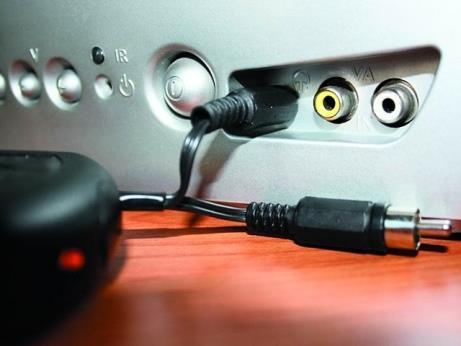 подключаем наушники к ТВ