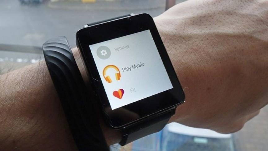 Проигрывание музыки на умных часах с Android Wear