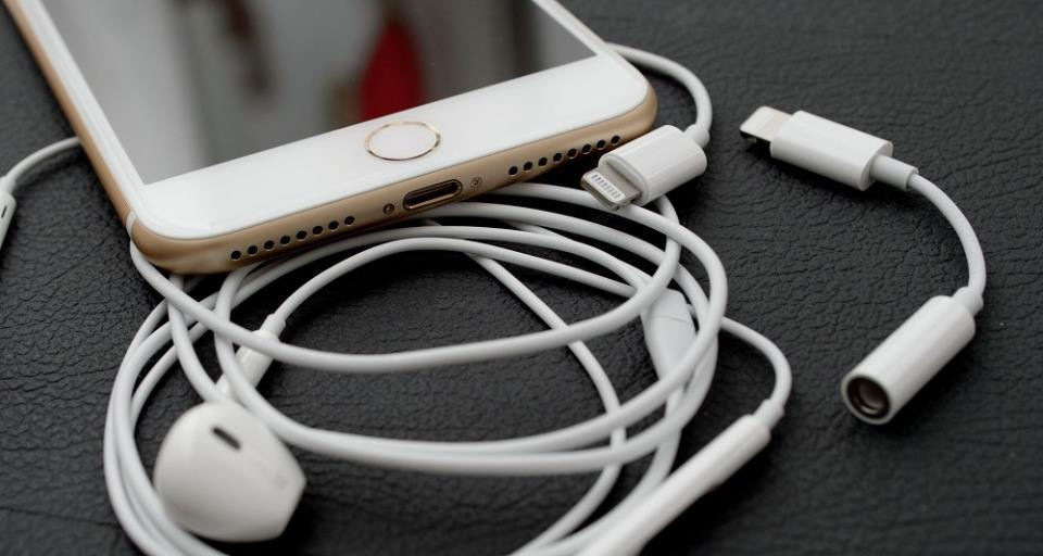 стандартные наушники айфон 7
