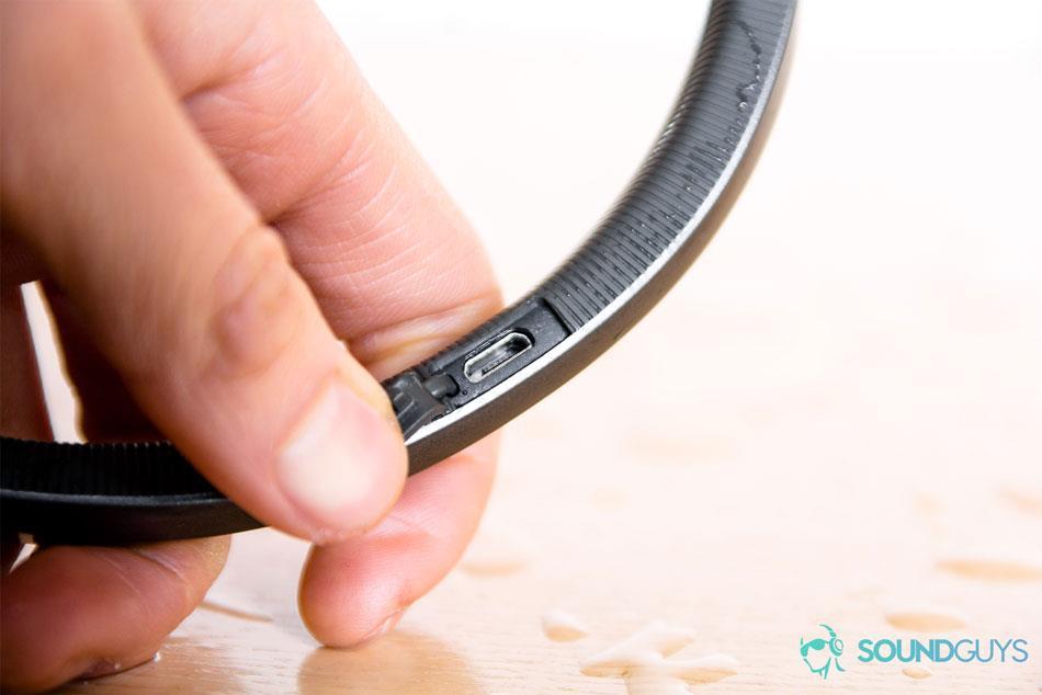 Беспроводные спортивные наушники Under Armour Sport Flex Wireless