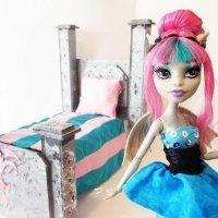Делаем мебель для кукол Монстер Хай своими руками