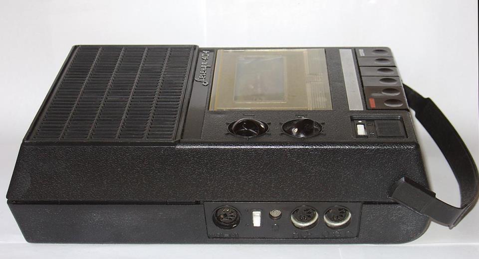 кассетный магнитофон Легенда 404