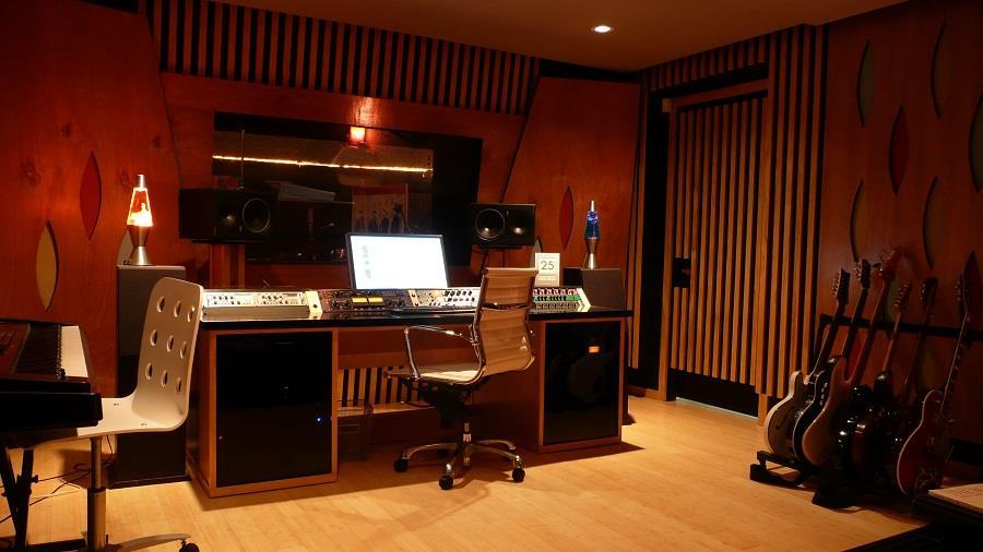 Музыкальная студия для записи музыки в DSD формате