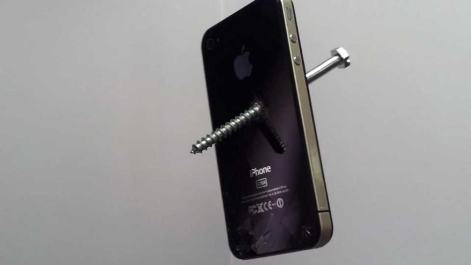 Программный сбой в iPhone привёл к невозможности отключения режима наушников