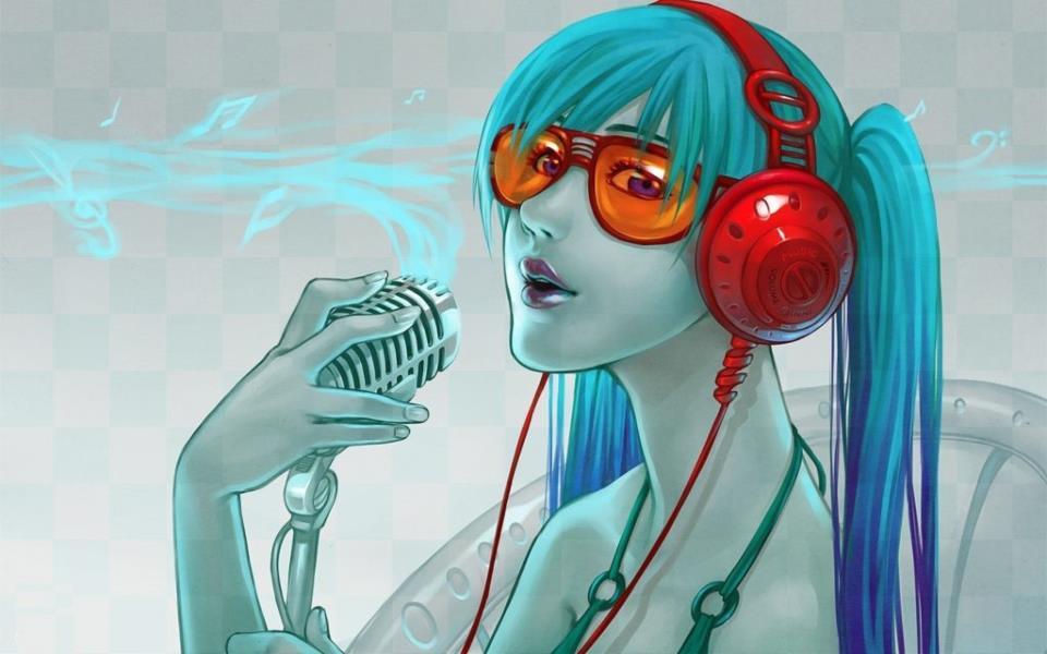 Девушка в наушниках с микрофоном